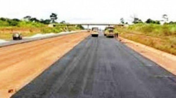 uemoa routes bon 600x334 - Togo: 4000 km de pistes rurales et 400 km de routes prévus