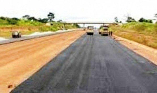 uemoa routes bon 600x356 - Togo: 4000 km de pistes rurales et 400 km de routes prévus