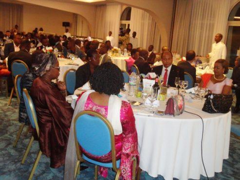 Dîner entrepreneur 493x370 - Dîner d'échanges: Face à face jeunes entrepreneurs et patrons des grandes entreprises du Togo