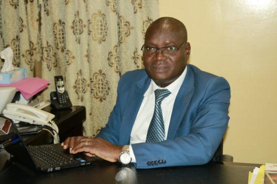 Omar Agbangga 555x370 - Interview / Omar AGBANGBA, Directeur Génarl de l'ANVT : «…parmi les 388 volontaires qui ont terminé leur mission en décembre dernier, au moins 50% viennent de décrocher des contrats de travail »