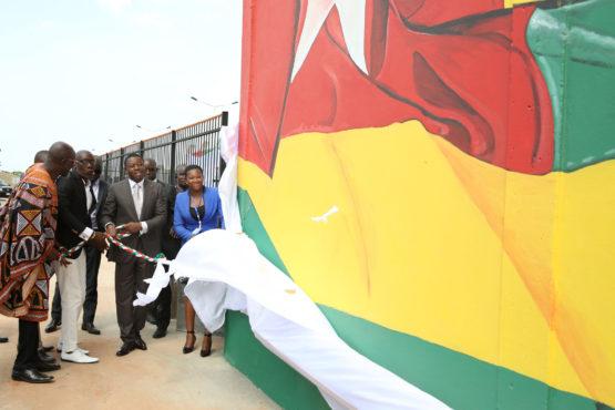 Fresques 555x370 - Indépendance du Togo : Faure Gnassingbé a dévoilé les fresques murales