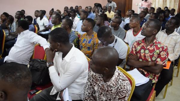 jeudi jose août 2017 600x338 - ''Jeudi, j'ose'' août 2017 : trois figures de la diaspora togolaise ont édifié les  jeunes
