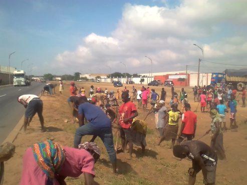 Lomé propre mobilisation 493x370 - '' Lomé  propre'' dans la zone CIMTOGO: comment se fait la mobilisation ?