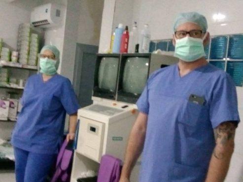 Médecins allemands AIMES AFRIQUE 493x370 - Opérations chirurgicales d'AIMES-AFRIQUE  à Lomé : une équipe de médecins allemands soignent des patients souffrant d'affections de l'os