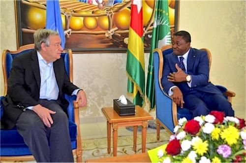 Faure Gnassingbé sentretenant avec le SG de lONU - Le Secrétaire Général de l'ONU en visite à Lomé