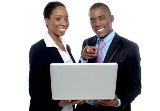 Jeunes entrepreneurs 530x370 - 40 milliards de FCFA de marchés publics seront attribués aux jeunes et aux femmes