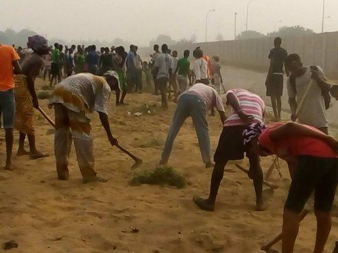 Lomé propre 27 01 2018 493x370 - ''Lomé propre'' :  un nouveau  site dans la zone CIMTOGO