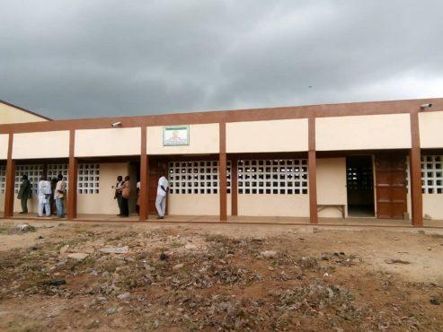 IMG 20181002 WA0025 493x370 - Éducation: deux nouveaux bâtiments pour le lycée de Badougbé