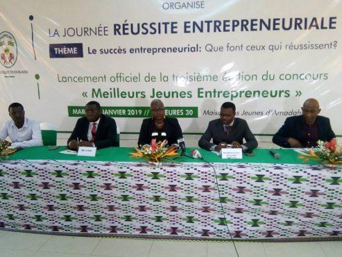 """IMG 20190123 WA0031 493x370 - Journée """"Réussite entrepreneuriale"""": un cadre de partage d'expériences et d'émulation entre jeunes entrepreneurs"""