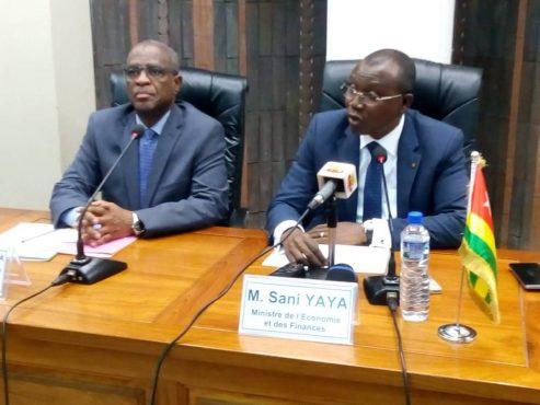4è revue UEMOA 493x370 - 4ème revue annuelle des réformes, politiques, projets et programmes  de l'UEMOA : le  Togo affiche un taux  de 63,9% en 2018 contre 61,9% en 2017