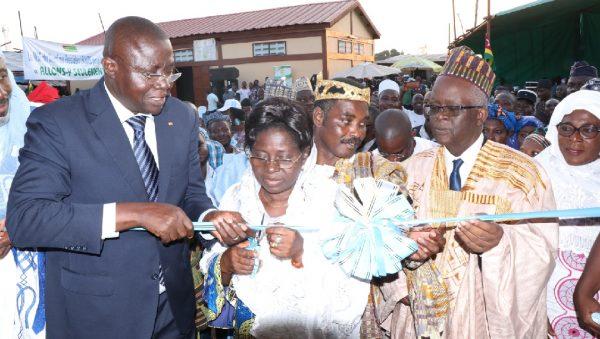 Inauguration Haoussa zongo 600x339 - PUDC / Dans la préfecture d'Agoè-Nyivé : Haoussa Zongo, Vakpossito, Démakpoè et Akoin dotés d'infrastructures socioéconomiques de base