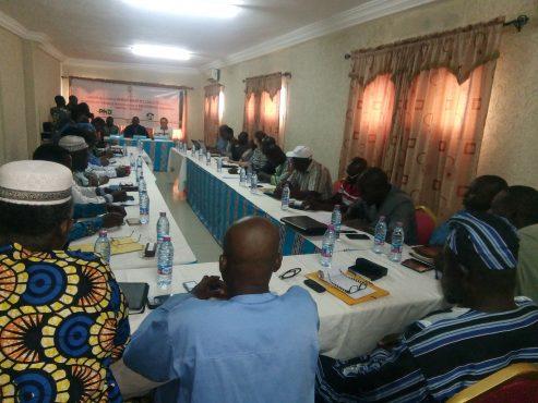 Lancement ateliers formations artisans 493x370 - Des sessions de formations pour les acteurs de l'artisanat ouvertes à Lomé