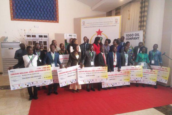 concours meilleusr jeunes entrepeneurs 2019 600x400 - Concours ''Meilleurs jeunes entrepreneurs '' 2019 : le verdict !