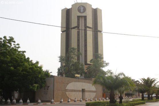 BCEAO 555x370 - Pour la résilience de son économie face à la crise du Covid-19, le Togo peut compter sur la BCEAO