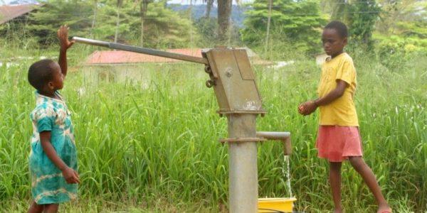 accès services de base 600x300 - Développement socioéconomique: ce que gagne le Togo avec le programme WURI