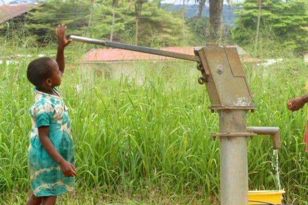 accès services de base 600x400 - Développement socioéconomique: ce que gagne le Togo avec le programme WURI