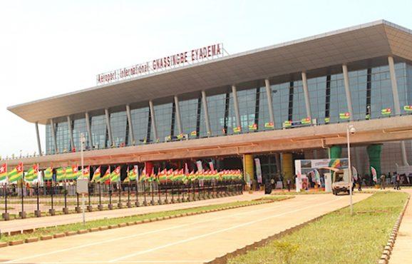 Aéroport de Lomé 578x370 - Transportaérien: l'aéroport de Lomé revient au galop!