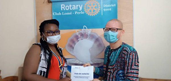 Don rotary club Lome perle 600x284 - Accueil