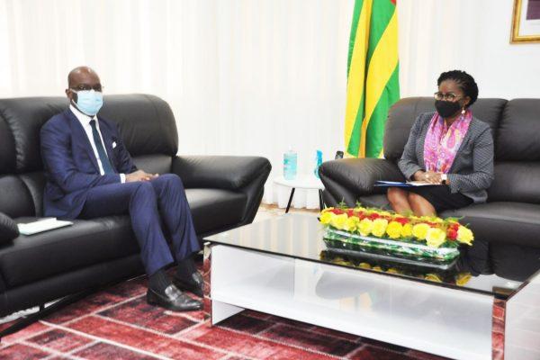 Ecobank victoire Dogbe 600x400 - Le Groupe Ecobank pour davantage de financement au Togo
