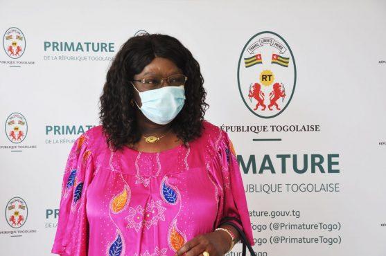 Ambasadrice Senagal au Togo 557x370 - Togo: la présidente de la Haute cour de justice du Bénin, et l'ambassadrice du Sénégal au Togo, chez Victoire Tomégah-Dogbé