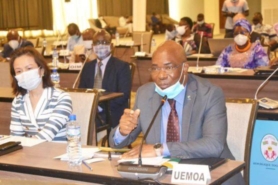 Presentation feuille de route 556x370 - Togo: le gouvernement Tomégah-Dogbé présente aux partenaires sa feuille de route 2020-2025