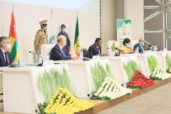 Deuxieme reunion GST Mali 2 555x370 - Togo: Voici les conclusions de la deuxième réunion du GST-Mali à Lomé