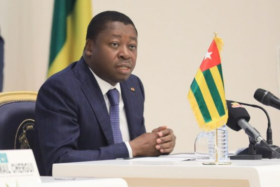Faure Gnassingbe a la 2e reunion du GST Mali a Lome 555x370 - «Le soutien à un pays frère, dans un moment aussi délicat que celui d'une transition politique, va au-delà des simples vœux», Faure Gnassingbé à l'ouverture de la 2è réunion du GST-Mali à Lomé