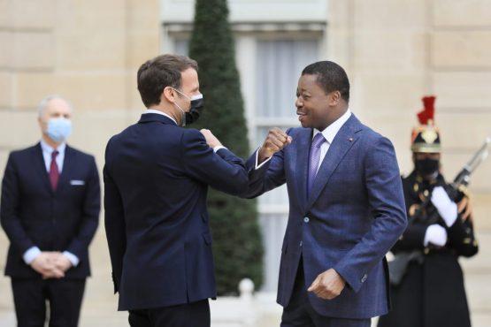 Gnassingbe Macron 555x370 - France-Togo: Macron et Gnassingbé s'engagent pour un bilatéralisme économiquement plus ambitieux